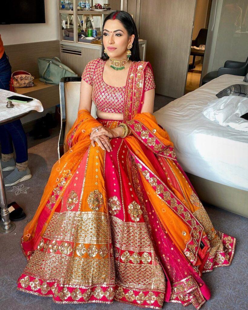 Bridal Lehenga Dupatta Draping Style