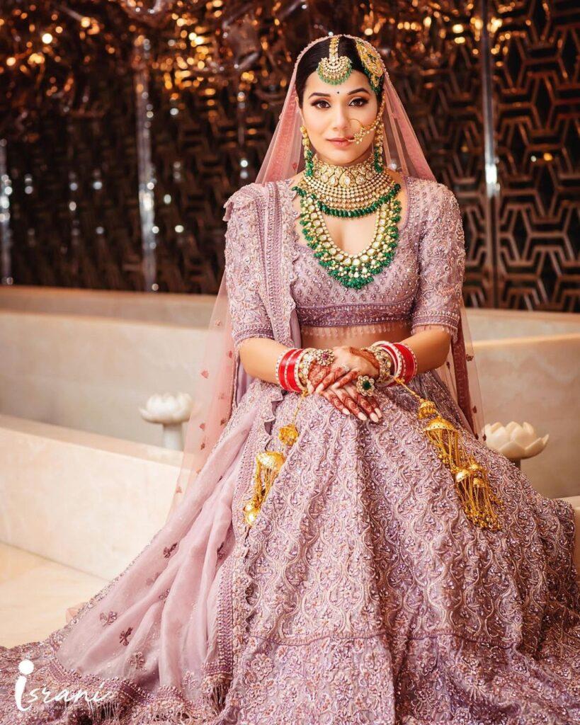 Bridal Lehenga Dupatta Draping
