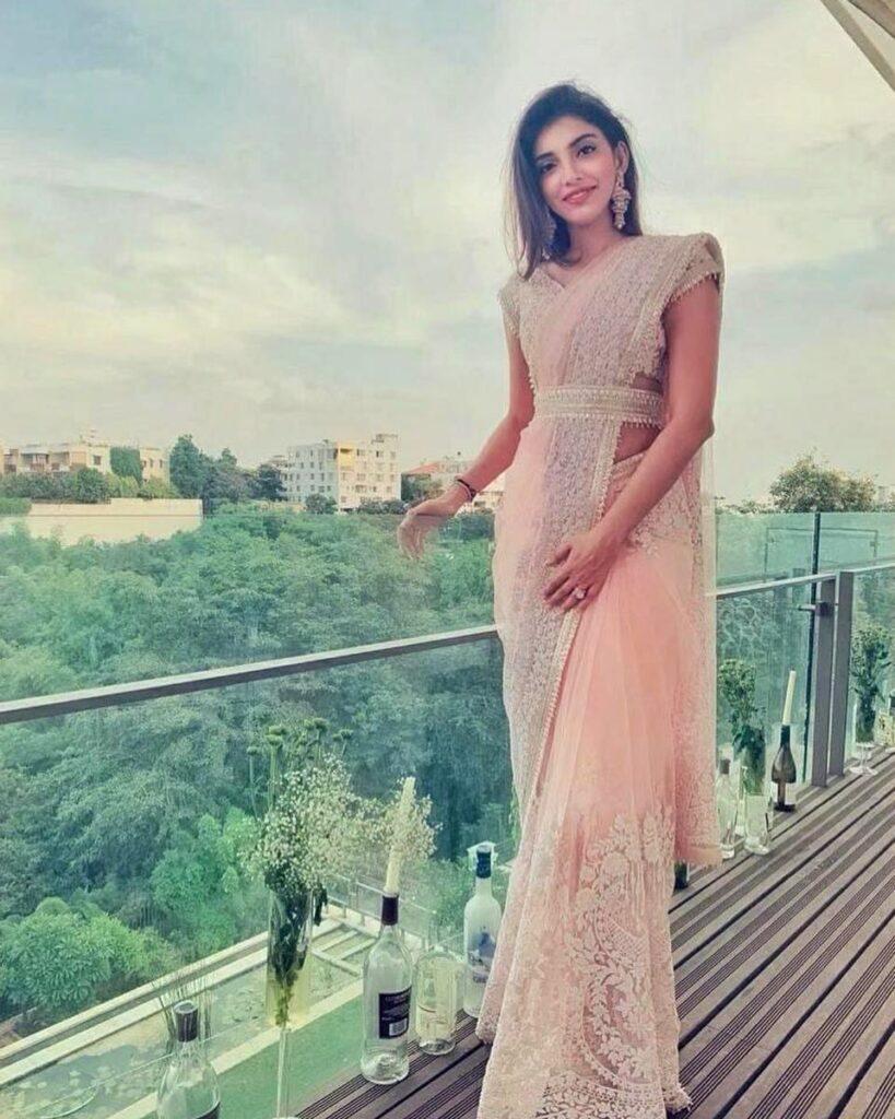 Manish Malhotra Saree Miheeka