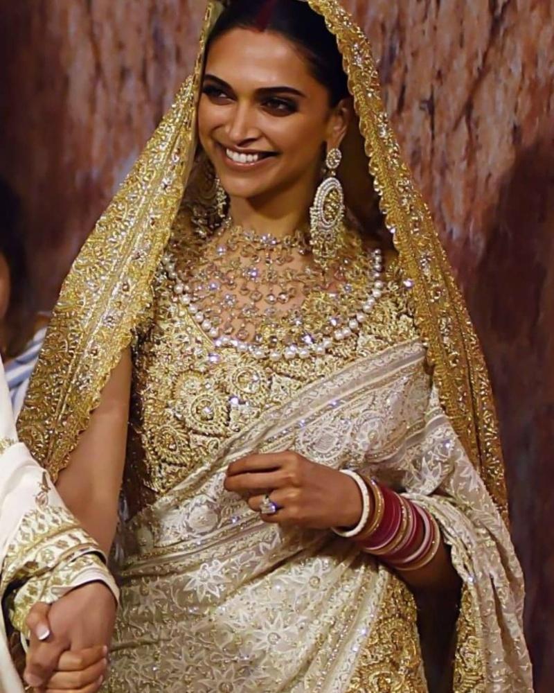 Deepika Padukone White Saree Reception
