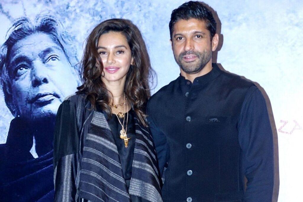 Farhan Akhtar Shibani Dandekar Marriage