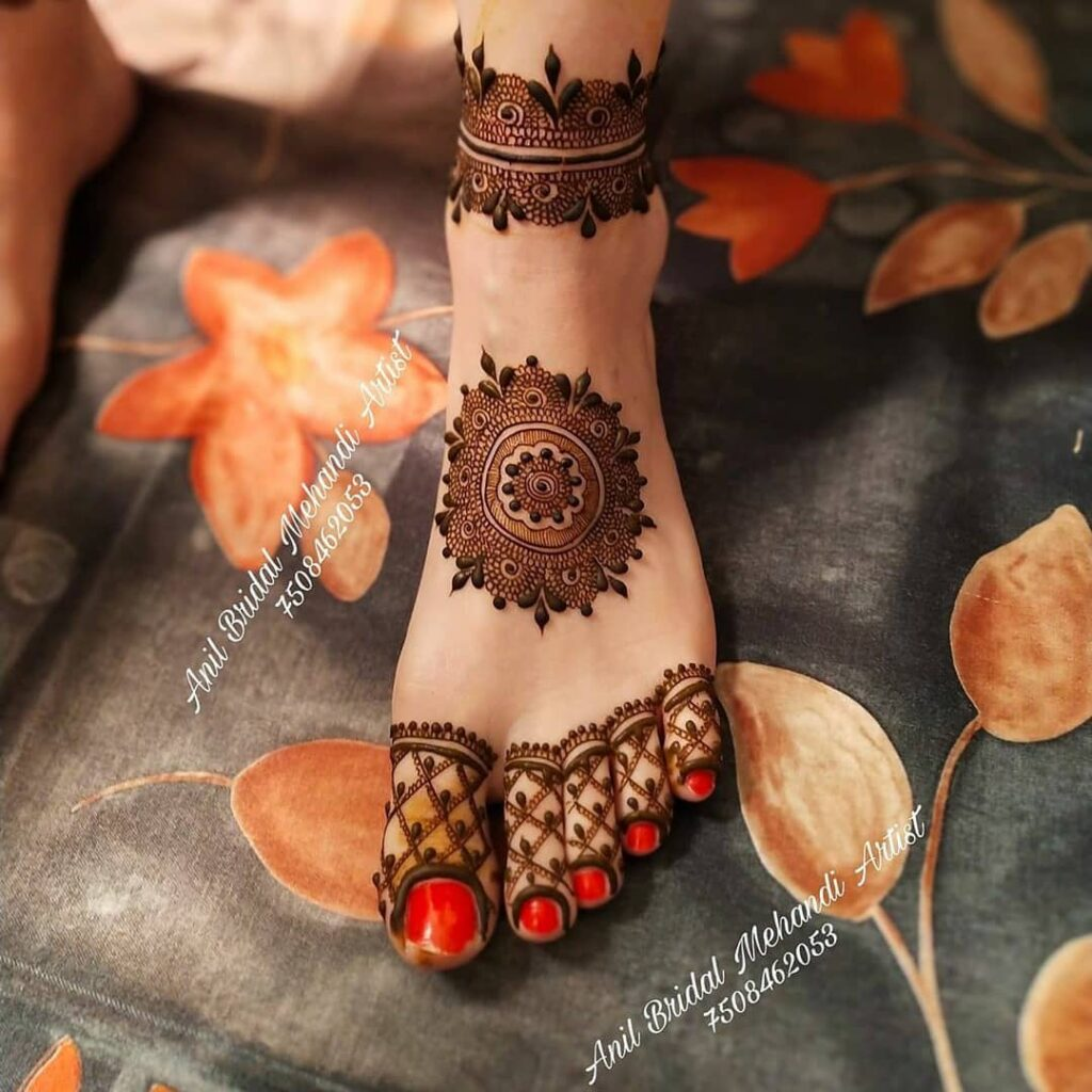 Foot Mehendi Design simple and easy photo