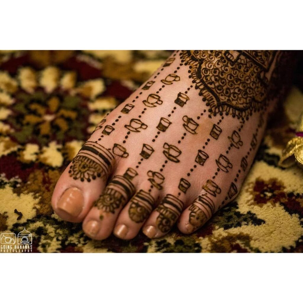 latest foot mehendi