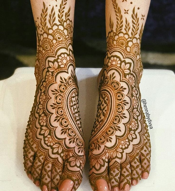 Bridal Foot Mehendi Designs