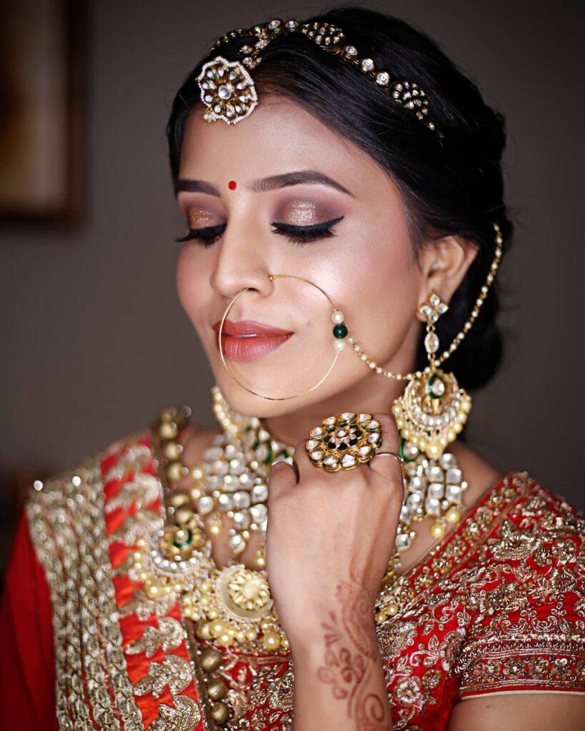 Ridhi Bridal Makeup Artists In Delhi