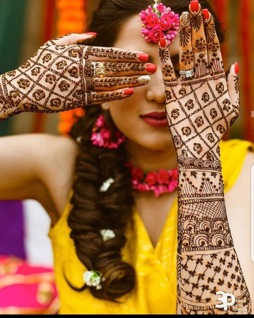 Simple Jaali Mehendi Design