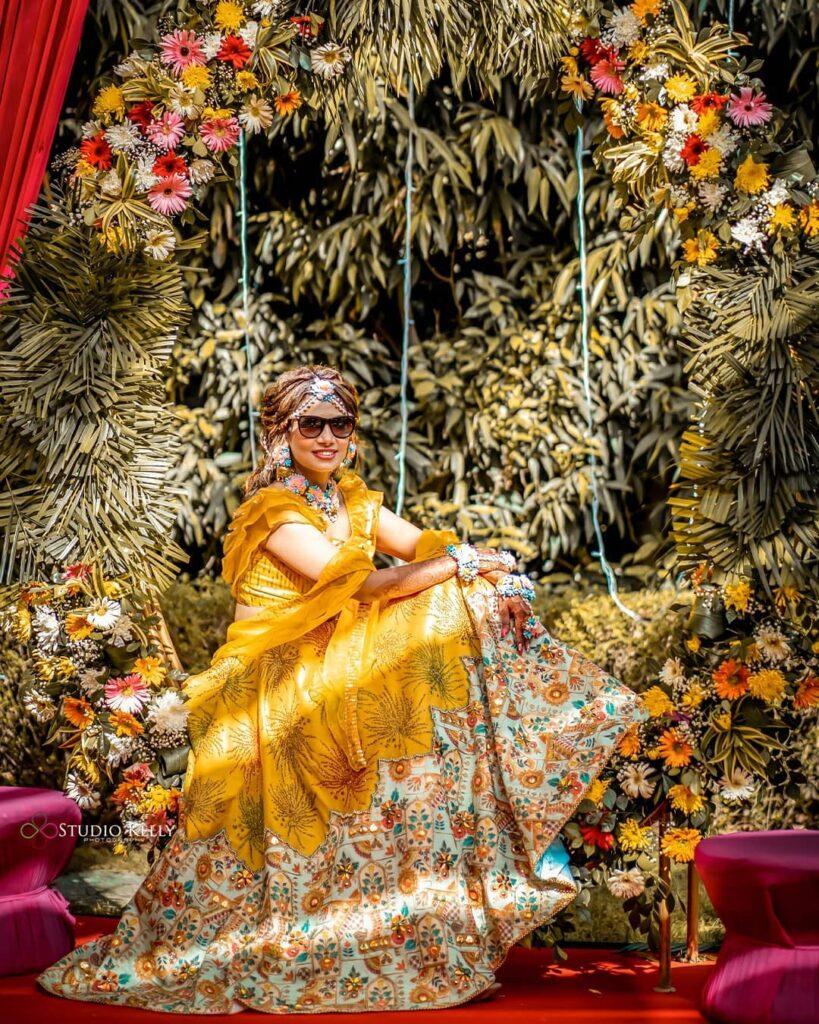 Floral Jewellery Mehndi