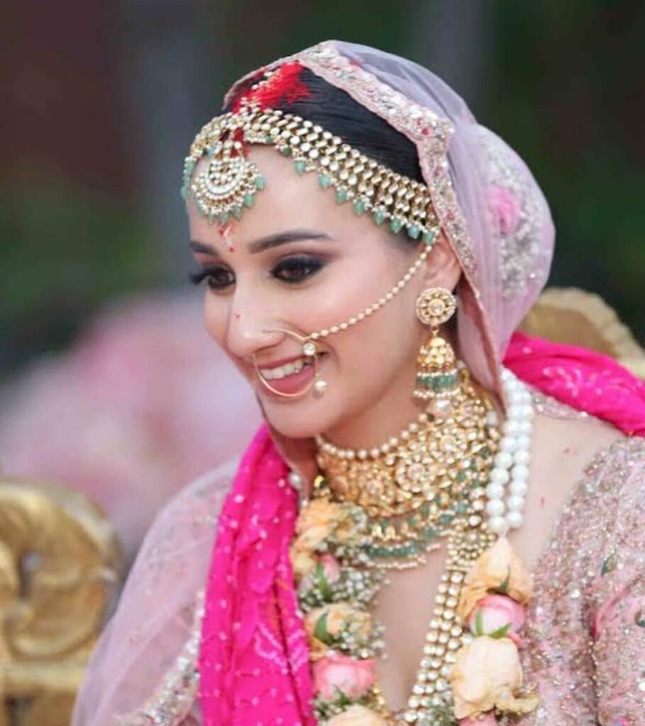 Simple Bridal Nath