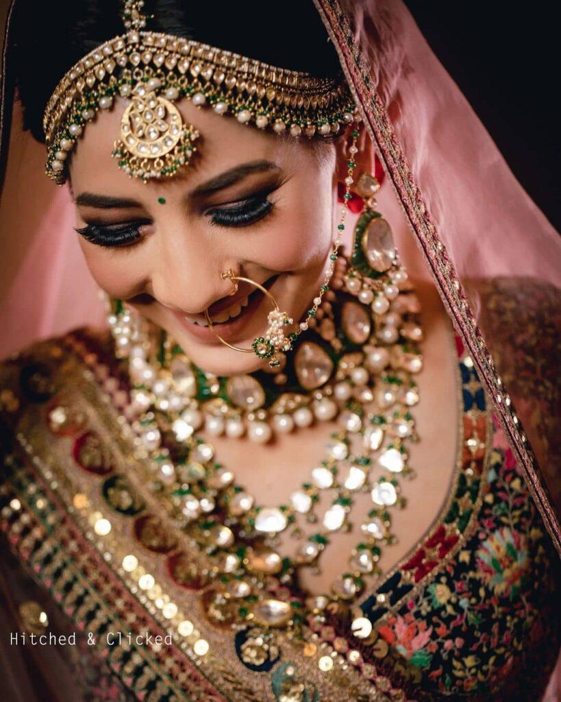 Simple Bridal Nath Design
