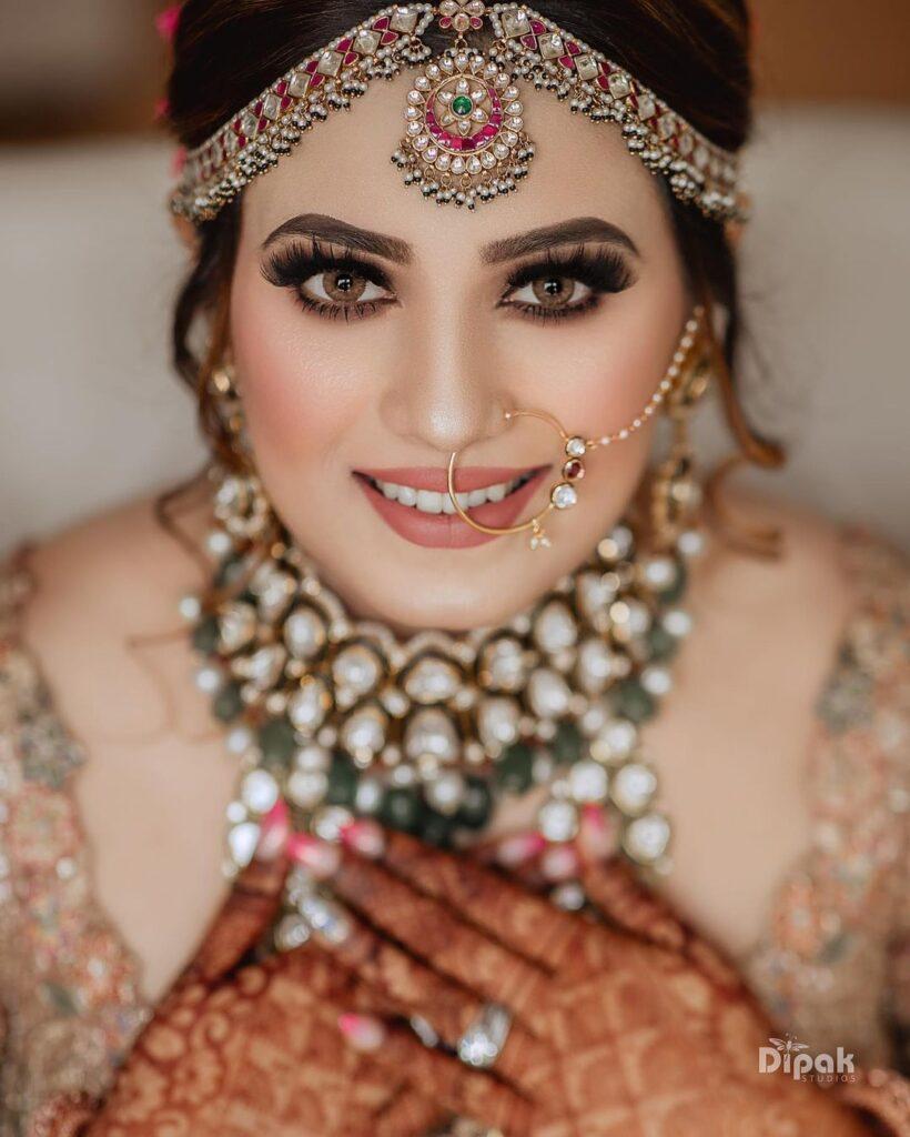 Bridal Nath Design Minimal