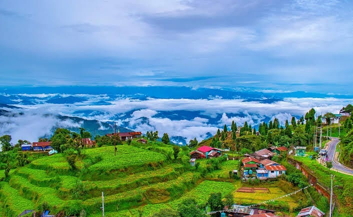 Darjelling cheap honeymoon destination in india