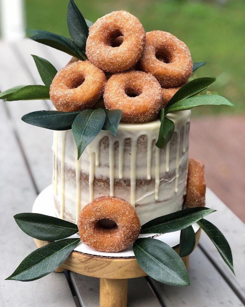 Naked Cake For Fall Wedding