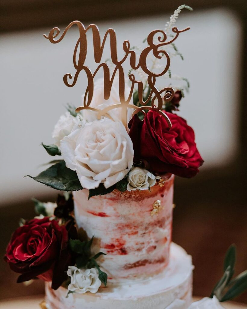 Simple Wedding Cake Design 2021