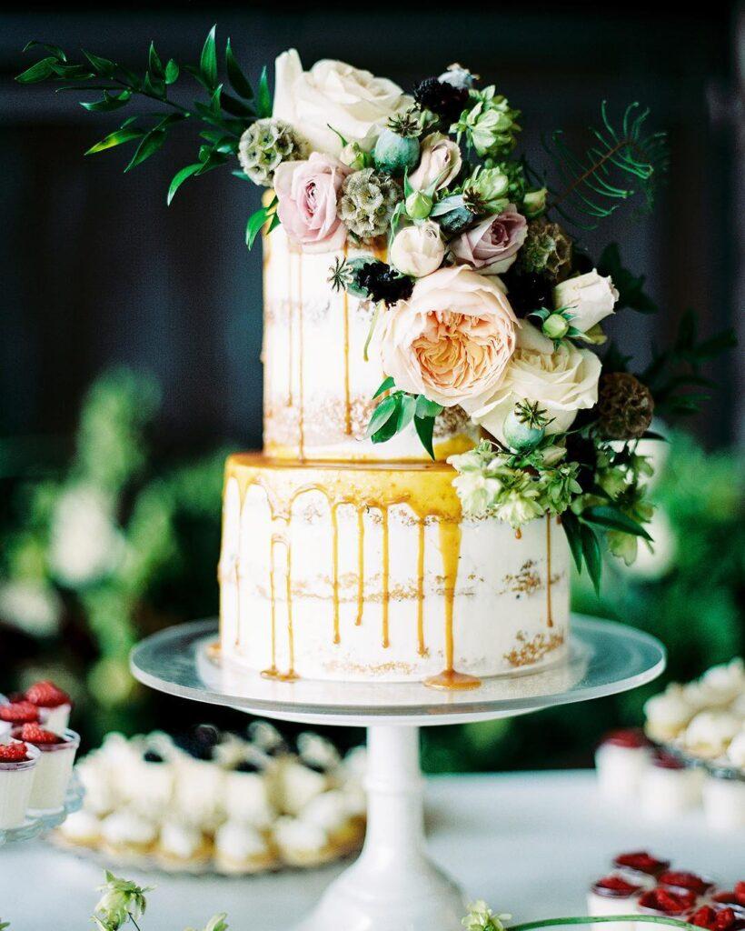 Dirty Wedding Cake