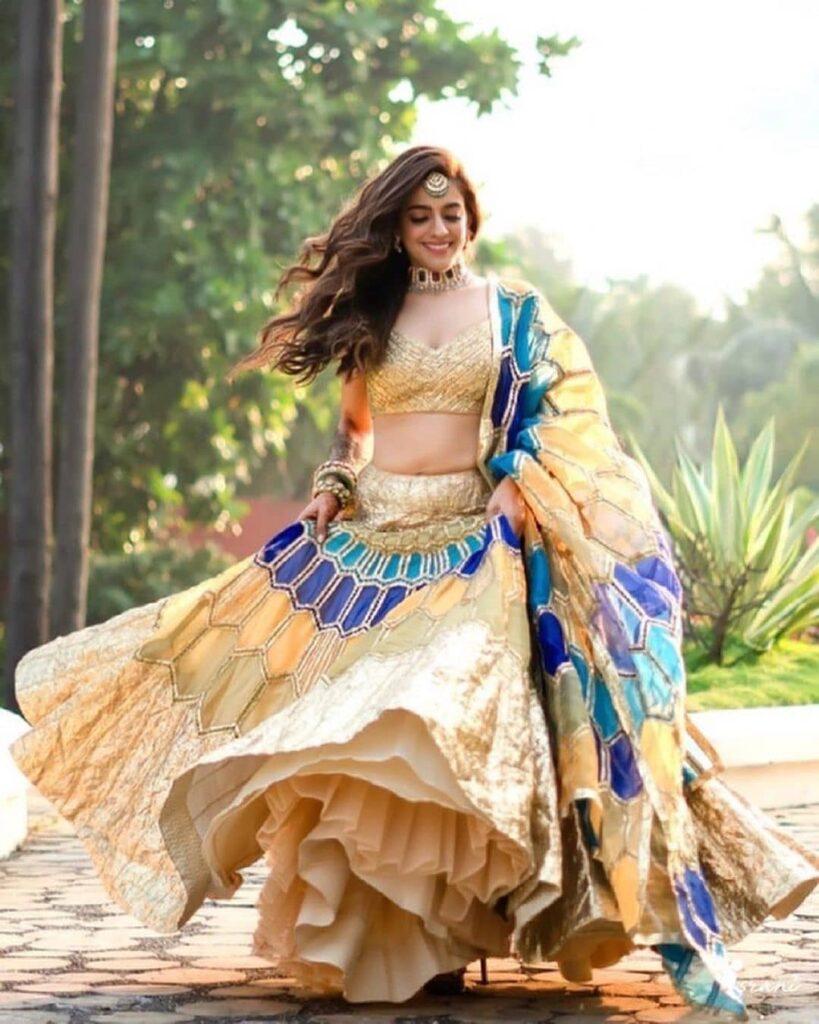 Dupatta Style In 2022 Weddings