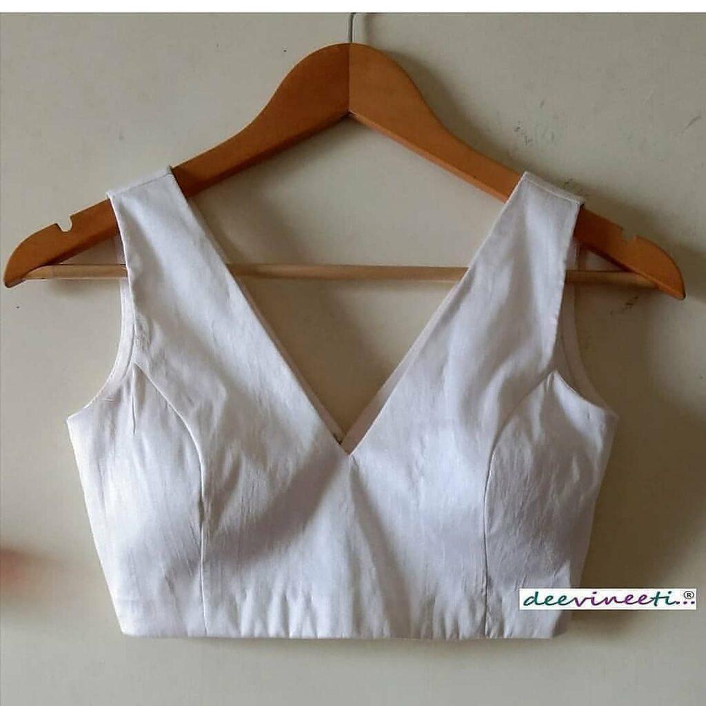 Simple Blouse Design For Saree